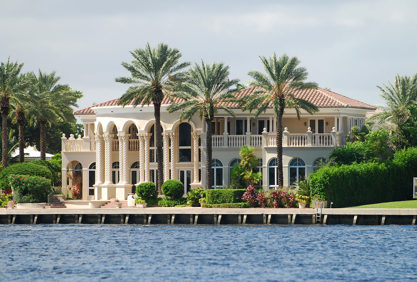 Top 20 Reasons to Visit & Buy in Palm Beach